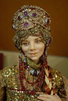 Art doll in Russian costume by Alena Abramova Headdress, Headpiece, Russian Fashion, Russian Art, Folk Costume, Donna Dewberry, Ooak Dolls, Ball Jointed Dolls, Doll Face