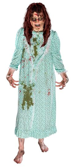 Seriously?! This site has the #Halloween costumes that are right up my alley. When it comes to iconic characters I like to make sure I get them spot on. Now with this nightgown and wig, I can do so!