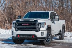 Packing gear for a truck bed camping trip can be challenging. See the essentials and save time with the best truck bed camping gear and accessories. Gmc Sierra Denali, Gmc Sierra 2500hd, Gmc Denali, Best Pickup Truck, Gmc Pickup Trucks, New Trucks, Chevrolet Silverado, Chevrolet Suburban, Wheel Flares