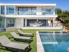 2110 Hercules Dr, Los Angeles, CA 90046 | Zillow Contemporary Beach House, Luxury House Plans, Swimming Pools Backyard, Los Angeles Homes, Modern Luxury, Great Rooms, My Dream Home, Luxury Homes, Home And Family
