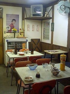 Showa Period Life in Japan - Shokudo (little restaurant)