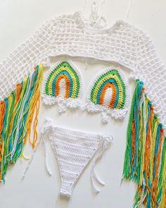 Motif Bikini Crochet, Bikinis Crochet, Crochet Shirt, Knit Crochet, Crochet Clothes, Diy Clothes, Crochet Crafts, Crochet Projects, Crochet Designs