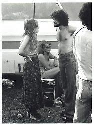 Stevie Nicks & Lindsey Buckingham 1976 youtubemusicsucks.com #stevienicks…
