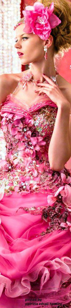 Stella de libero -http://bmodish.com/amazing-stella-de-libero-wedding-dresses-2014-2015