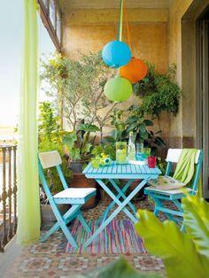 Vert et bleu pour la déco du balcon