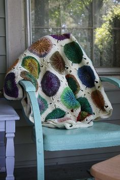 : Noro Circles Afghan | based on the Sunny Spread pattern by Ellen Gormley