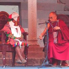 Q'ero Shaman with Dali Lama...now if only the Pope had a meeting with the Q'ero Shaman, maybe things may change? ;) x