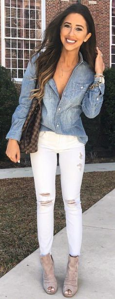 #spring #outfits blue deim dress shirt and distressed white jeans. Pic by @dressupbuttercup