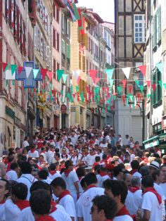 Los sanfermines franceses La Feria de Bayona, Aquitania.