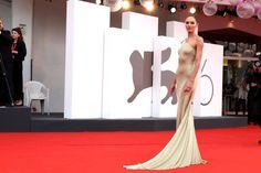 Candice Swanepoel photo 7125 of 7140 pics, wallpaper - photo - Candice Swanepoel, Original Image, Celebrity Photos, Photo Galleries, Popular, Wallpaper, Celebrities, Dresses, Fashion