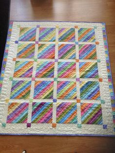 jellyroll quilts Very nice setting! Very nice setting! Patchwork Quilt Patterns, Batik Quilts, Jellyroll Quilts, Scrappy Quilts, Easy Quilts, Quilt Baby, Fox Quilt, Quilting Projects, Quilting Designs