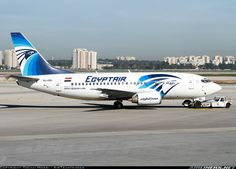 Boeing 737-566 aircraft picture