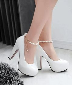 Heels Wedding Platform Pumps - My Wedding Ideas High Heels Wedding Platform Pumps - My Wedding Ideas Fancy Shoes, Pretty Shoes, Cute Shoes, Me Too Shoes, Beautiful Shoes, Platform High Heels, High Heel Pumps, Pumps Heels, Tan Heels