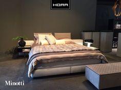 Nieuw in onze showroom! Het exclusieve Yang bed van Minotti. Gecombineerd met het overheerlijke slaapcomfort van het Noorse topmerk Jensen en bedtextiel van Mirabel Slabbinck.