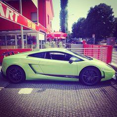 Lime green Lamborghini Gallardo!