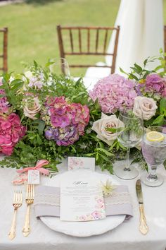 Tweet it     Share it     Pin it  Bridal shower, private estate, Orange County  Photography by Brett Hickman Photography Hide thumbnails