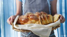 Masticha bread (psomi me masticha) recipe : SBS Food Enchiladas, Entree Recipes, Cooking Recipes, Easy Recipes, Crockpot, Chicken Recipes For Two, Sbs Food, Greek Cooking, Yum Yum Chicken