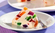 Mosaico de gelatina com leite de coco