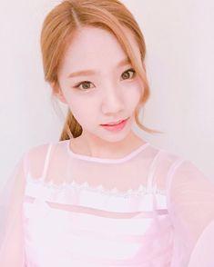 오랜만에 핑크핑크한 청순엶~ #우주스타그램 #우주소녀 #여름 #비밀이야