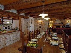VILLA 2 Kroatien - Istrien Haus Am See, Villa, Dining Table, Rustic, Furniture, Home Decor, Croatia, Cottage House, Dinning Table Set