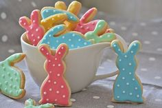 Delicious Chocolate Sugar Cookies with Royal Icing and Almond filling. Adorable Pastel Easter bunny dot cookies Hot Cross Bun Macarons All the delicious flavors of a breakfast treat in cookie form. Easter Egg Macarons with Nutella filling Easter Nest Sugar Cookies with Cadbury Eggs Lemon Sugar Cookies made with mini cookie cutters Carrot Cookies are …