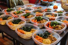Make ahead meals for a week: lunch & dinner. Expert Tips for Easy, Healthy and Affordable Meals All Week Long Healthy Meal Prep, Healthy Snacks, Healthy Eating, Healthy Recipes, Meal Prep Cheap, Simple Meal Prep, Healthy College Meals, Diabetic Meals, Detox Recipes