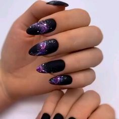 44 trendy manicure nails ideas for this winter page 38 Black Acrylic Nails, Best Acrylic Nails, Acrylic Nail Designs, Nail Art Designs, Long Black Nails, Art Deco Nails, Nails Studio, Almond Nails Designs, Fire Nails
