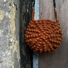bobletaske Yarn Bag, Straw Bag, Purses And Bags, Crochet Patterns, Weaving, Textiles, Embroidery, Stitch, Knitting