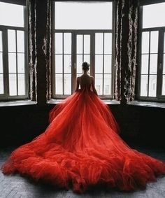 fancyweddingdreams: Red wedding dresses are irresistible and they are said to bring good luck in certain countries. Take a look at these 104 lovely red wedding dresses. Absolutely love Read more: 104 Lovely Red Wedding Dressesimage credit: thisivyhou Pretty Dresses, Sexy Dresses, Prom Dresses, Dress Prom, Flowy Dresses, Fabulous Dresses, Formal Dress, Red Wedding, Wedding Gowns