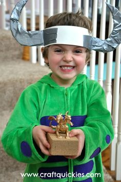 Cute, fun, and easy ideas for a How to Train Your Dragon birthday party!