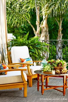 Jessica Alba's home got a makeover! Here's the ultra-cool patio adjoining her bedroom.
