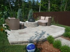 Enjoy in the comfort of your own haven a cozy fire pit for one of those cool days. Outdoor Living, Outdoor Decor, Natural Stones, Pools, Terrace, Home Goods, Cozy, Houses, Fire