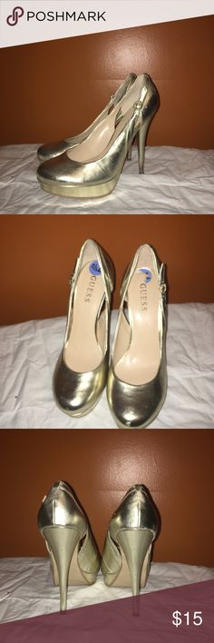 Guess gold heels Gold colored Guess heels. Good condition. Only worn a few times but there are some little scuff marks/little indents (photos, can take more if needed) Guess Shoes Heels