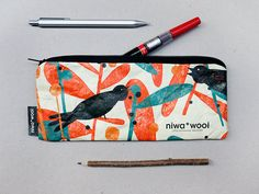 Pencil Case Illustrated by Malota made by Tyvek by niwawool. Papel Tyvek, Charles Ray Eames, Fused Plastic, Bag Design, Silk Screen Printing, Vintage Design, Paper Design, Illustrators, Coin Purse