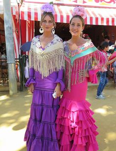 feria sevilla 2014 fotos - Buscar con Google Spanish Heritage, Spanish Style, Costumes Around The World, Traditional Dresses, Belly Dance, Beautiful Dresses, Handsome, Hair Beauty, Princess