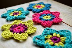Ellebel http://ellebel5.blogspot.be/