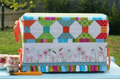 Janelle Wind Sassy Sewing set - sewing machine cover - currently making this for Caitlin's sewing machine :)