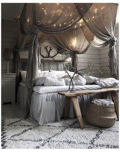 Rustic Master Bedroom, Cozy Bedroom, Home Decor Bedroom, Modern Bedroom, Bedroom Furniture, Bedroom Ideas, Bedroom Designs, Bedroom Pictures, Bed Ideas