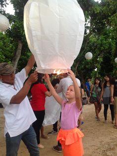 Releaset the flying lantern