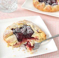 Met dit recept maak je overheerlijke mini MonChou galettes. Dat is niet moeilijk om te maken en je hebt geen speciale bakvorm nodig. Een bakplaat is genoeg!