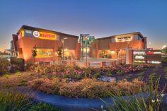 LoopNet - Howe & Hallmark, Retail (Other), 1431 Howe Avenue, Sacramento, CA
