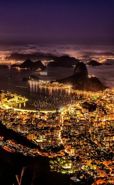 Sand, City and Celebration; It's Carnival Time in Rio de Janeiro, Brazil Hum. Places To Travel, Places To See, Travel Destinations, Places Around The World, Around The Worlds, Natur Wallpaper, Wonderful Places, Beautiful Places, Brazil Beaches