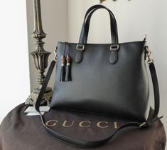 b53eb8a73824 66 Best Gucci images in 2019 | Camera bags, Emerald green, Gg marmont
