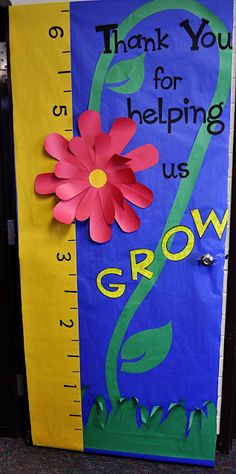 Teacher Appreciation Week: Door Decorations: maybe also include flowers with the kids pictures inside