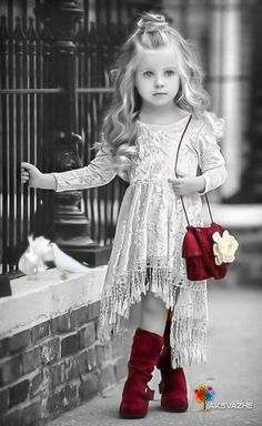 VOGUE ENFANTS: Must Have of the Day: Dollcake most popular design is back and better than ever! Little Girl Outfits, Little Girl Fashion, Toddler Fashion, Fashion Kids, Toddler Outfits, Toddler Girls, Beautiful Little Girls, Beautiful Children, Cute Girls
