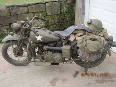 Vintage Motorcycles Classic - When the first shots of the upcoming Captain America movie were released, everybody seemed displeased that a modern V-twin was dolled up as a World War II-era m Retro Vintage, Vintage Bikes, Vintage Motorcycles, Cars And Motorcycles, Vintage Cars, Indian Motorcycles, Triumph Motorcycles, Custom Motorcycles, Harley Davidson