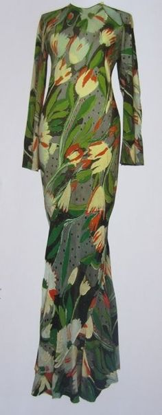 Shoes Ossie Clark tulip dress, print by Celia Birtwell 70s Fashion, Fashion History, Vintage Fashion, Womens Fashion, Fashion Art, Ossie Clark, Tulip Dress, Dress Up, Mod Dress