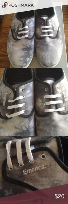 Mens Emerica tie dyed black shoes One pair of men's Black/gray/white tie dyed lace up shoes emerica Shoes Loafers & Slip-Ons
