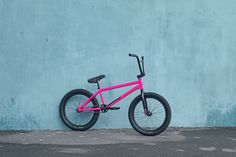 2019 Forecaster / Aaron Ross Signature | Sunday Bikes Sunday Bikes, Bottom Bracket, Bmx Bikes, The Incredibles, Skate, Bicycles, Couple