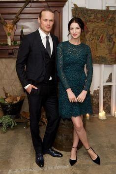 NEW HQ pic of @SamHeughan and @caitrionambalfe at the #Outlander UK Premiere via http://farfarawaysite.net